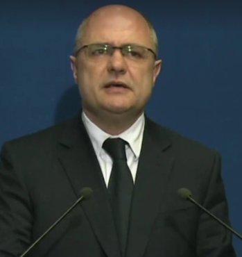 Bruno Le Roux démissionne, Matthias Fekl le remplace