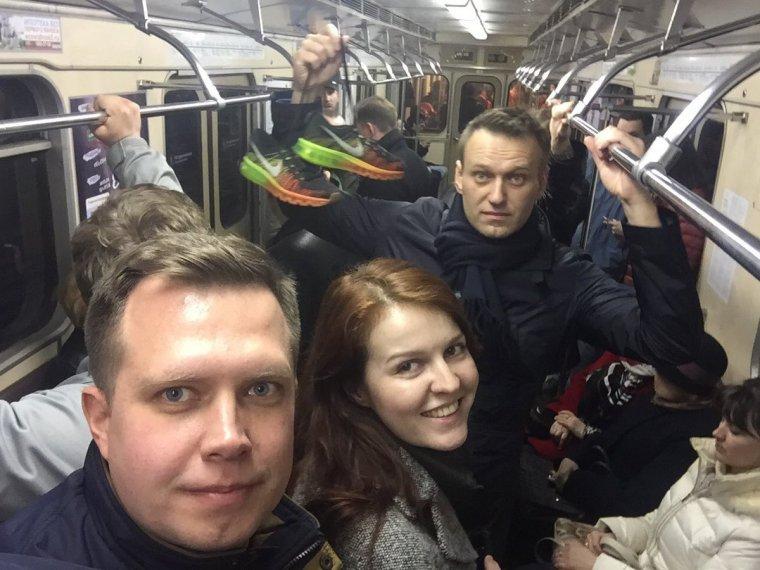 Russie : des centaines de manifestants anticorruption dans les rues