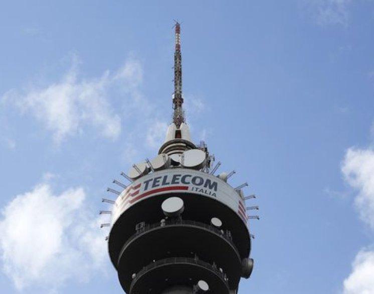 ITALIE: Vivendi veut la majorité au conseil de Telecom
