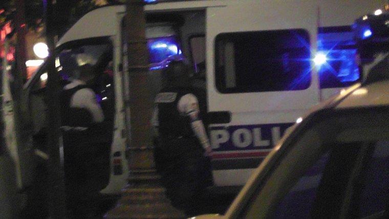 Paris: attentat sur les Champs-Elysées, deux morts et trois blessés