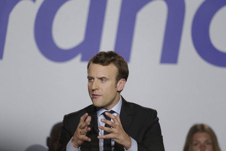 Emmanuel Macron a tenu son meeting à Saint-Laurent-Blangy, près d'Arras sur ses terres