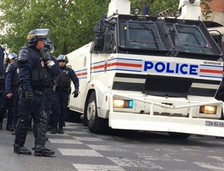 Paris:la manifestation du 1er mai a été ébranlée par des échauffourées