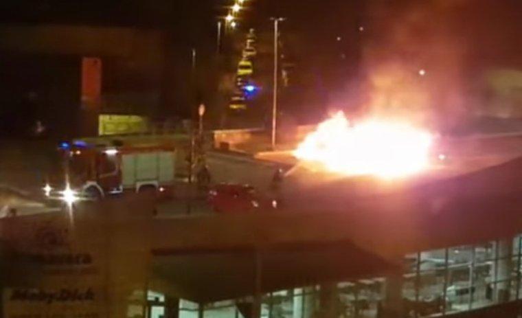 Incendie criminel contre des Roms à Rome