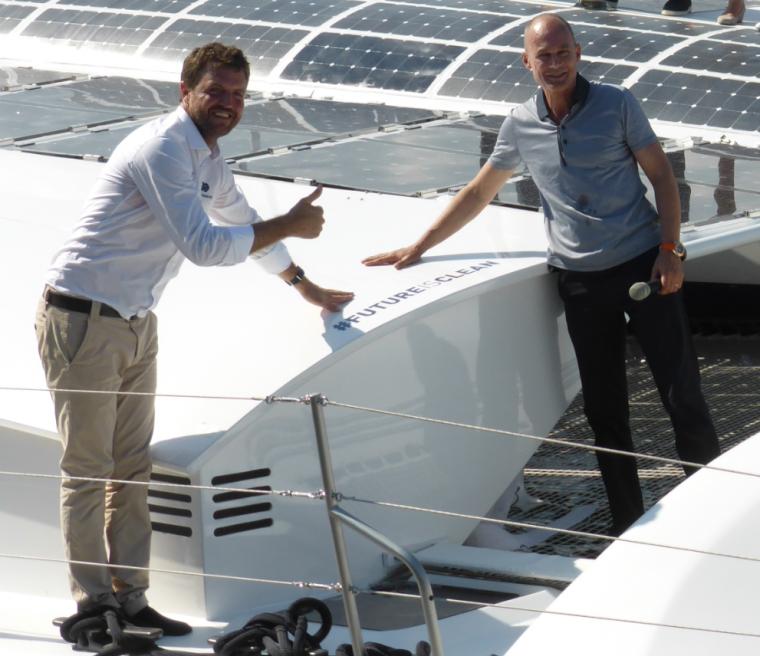 Baptème d'Energy Observer, le catamaran écologique à production d'hydrogène qui va faire le tour du monde