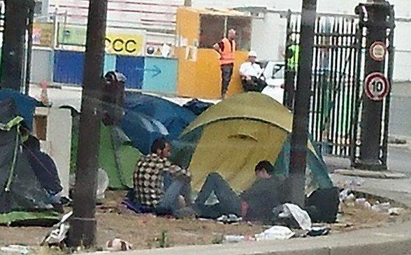 Les migrants sont de retour à la porte de la Chapelle