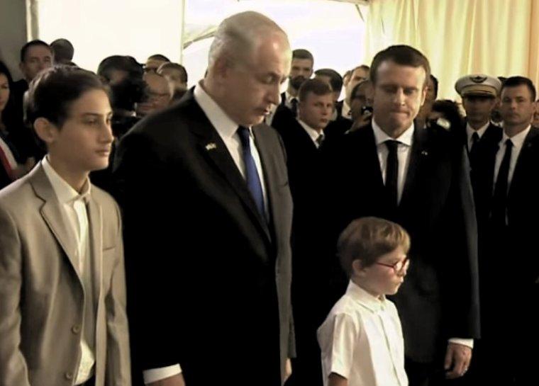 Benyamin Nétanyahou et Emmanuel Macron côte à côte pour rendre hommage aux victimes de la Rafle du Vel d'Hiv à Paris