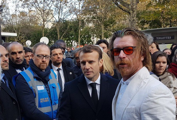 En larmes et en silence, la France rend hommage aux victimes des attentats du 13 novembre 2015