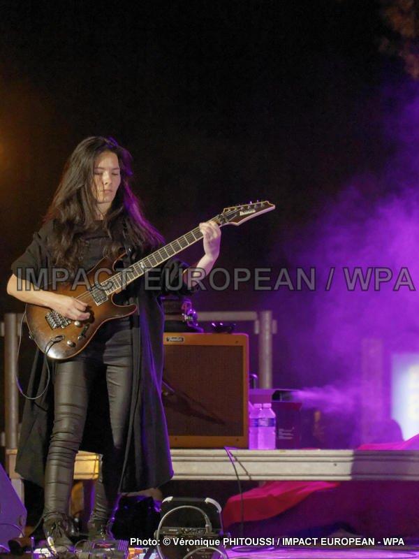 Café Bertrand s'est produit en concert, à Agde