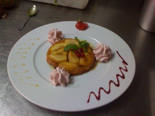 ma tarte tatin et sa chantilly au fruits rouge