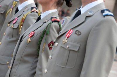 3 883 soldats récompensés