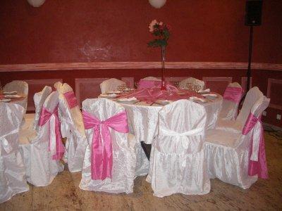 déco de table avec un théme rose