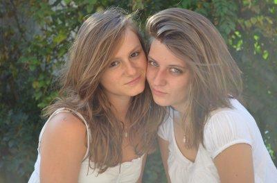 - Manon & Mélanie '