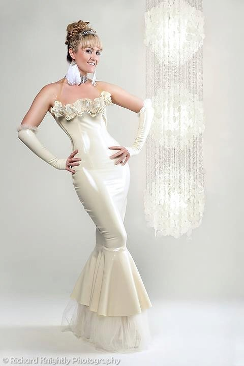 Wedding dress latex