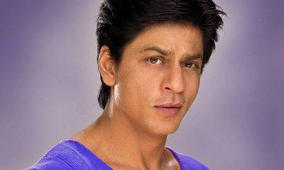 """Shah Rukh pour faire un caméo dans les fans """"Love ruptures Zindagi 'nominale Shahrukh Khan grec, jeudi 7 juillet 2011, 11:17 Les producteurs débuts de l'Amour ruptures Zindagi, Zayed Khan et Dia Mirza ont parlé avec enthousiasme un paquet surprise dans leur entreprise de jeune fille . Eh bien, nous l'avons découvert. La surprise n'est autre que Shah Rukh Khan, qui fait une apparition spéciale dans la source de l'équipage film.A vend la mèche », Zayed voulu corde dans sa Roshan frère-frère de Hrithik pour le camée, mais ses dates n'étaient pas disponibles. Dia dit Zayed qu'ils devraient l'approche Shah Rukh. Comme ils ont tous deux connu et ont travaillé avec lui, ils ont décidé de lui demander de faire une apparition spéciale. SRK, qui a toujours apprécié l'amitié et est désireux d'aider ses amis accepté de le faire. """"Eh bien, il ne doit pas avoir été facile à pour Shah Rukh à dire non car il a travaillé avec Zayed dans Main Hoon Naa et est aussi un bon ami de son frère-frère de Hrithik. Ne pas oublier que ZK s½ur Sussanne Roshan et Gauri Khan sont les meilleurs copains. """"Depuis SRK travaille sur la post-production de Ra.One et pas de tir pour tout autre projet, il a décidé de serrer dans trois jours de tournage pour leur film. Il sera prise de vue avec les poster Juillet 15, à sa place ou à Bandra hôtel cinq étoiles », informe la source."""
