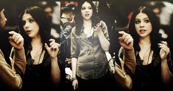 S A S S Y T E C K 5 7 ♥ ( Ta Source #1 About  Buffy The Vampire Slayer ♥ )  « Actualité 2011 De Michelle Trachtenberg   !!! ( Morethanpeople ) » ( Ma Source Sur Michelle : Trachtenberg-France ) Idée : Truetalent