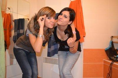 La Blonde et La Brune :)
