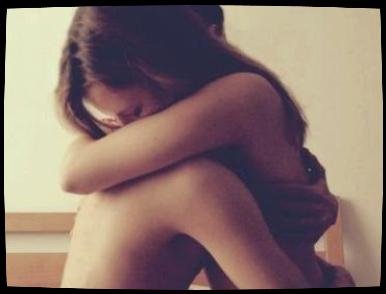 - Plutot perdre la vie pour la haine, que d'attendre la mort sans etre aimee de toi.  -