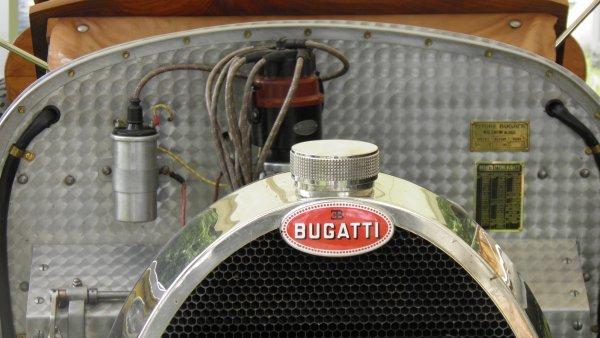 "Lons le saunier - 12 juin 2011 "" Bugatti"""