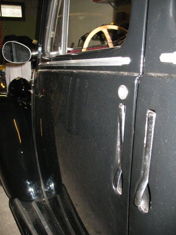 Simca 8 de 1950 en cours de restauration