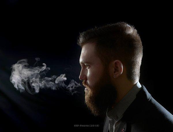 """""""Les sentiments, c'est comme la petite fumée qui sort de la bouche lorsqu'il fait froid, eux seuls prouvent qu'on est vivant""""."""