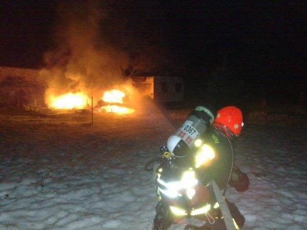 feux d'habitation sous la neige