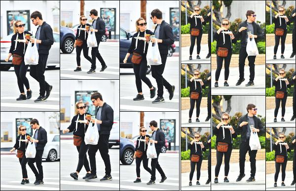 - 17.06.18 ─ Hilary D et Matthew sont aperçues, alors qu'ils mangeaient en pleine rue, dans la ville de Los Angeles.[/s#00000ize]Après un petit tour dans une brocante, les deux amoureux ce sont acheté à manger a emporté et ont donc mangé dans la rue ! Hilary à l'air de se régaler  -