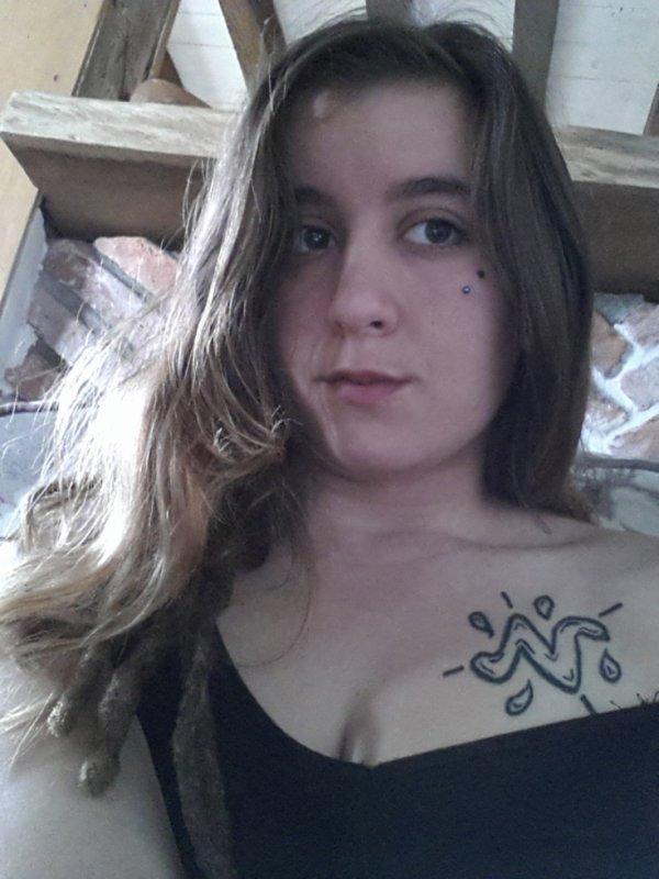 moi mtn perçing tatou écarteur etc...