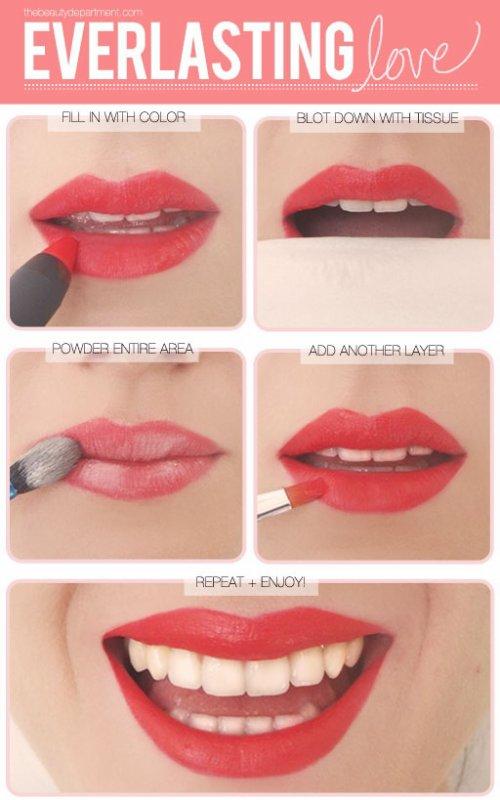 Maquillage : un rouge a lèvres qui tient toute la journée.