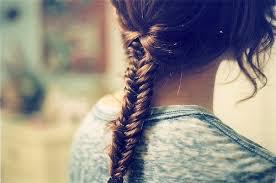 Cheveux : Comment faire la tresse épi de blé.