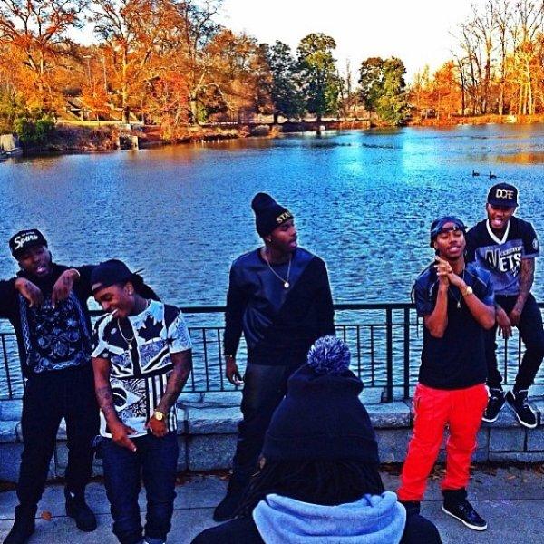 """12 Décembre 2013: Jacquees était au Leigh Bush Experience à Atlanta + quelques photos du clip """"1994"""" de Bluff City ft Jacquees et Issa"""