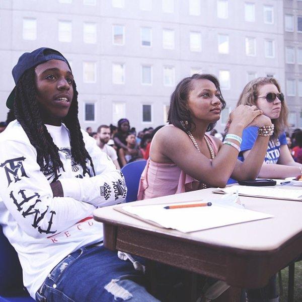 27 Avril 2014: Jacquees était juge au Georgia States University, il y a performer aussi