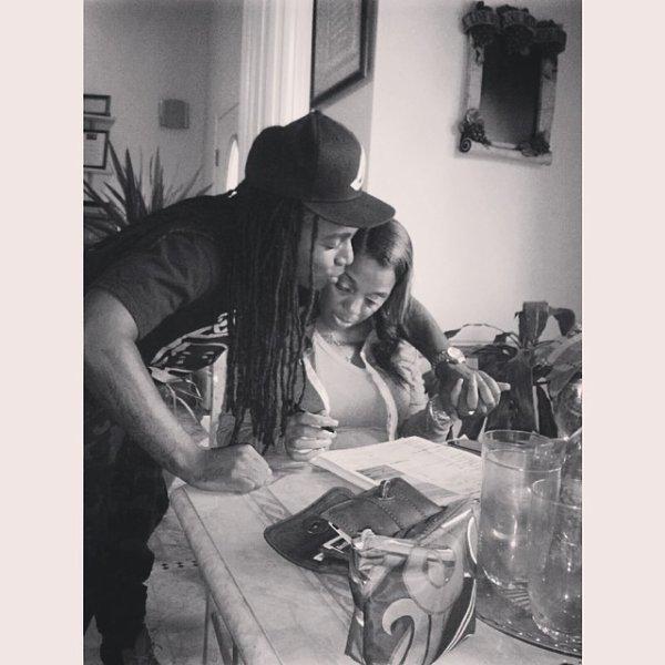 21 Mai 2014: Jacquees est de retour sur les réseaux sociaux et a posté des photos