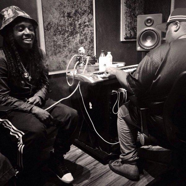 30 Juillet 2014: Jacquees était de retour en studio + quelques vidéos du clip de Breathe