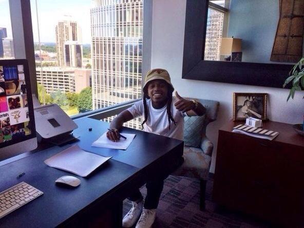 1 Octobre 2014: Jacquees signe chez Cash Money/Rich Gang + un nouveau photoshoot