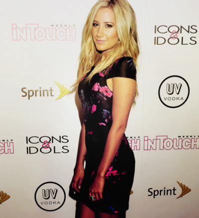 [28.08] Ashley était au  In Touch Weekly's 4th Annual Icons & Idols Celebration