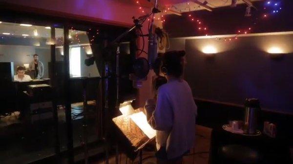 SIEMPRE BRILLARAS / BORN TO SHINE - Deuxième extrait