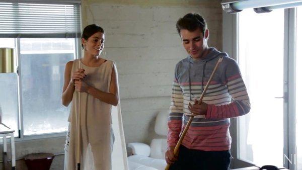 Tini YouTube - Jouer au billard avec Jorge Blanco