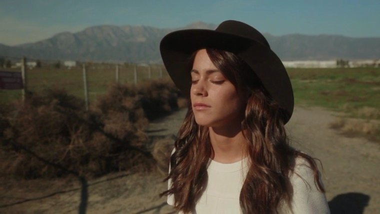 Tini YouTube - Making Of Losing The Love