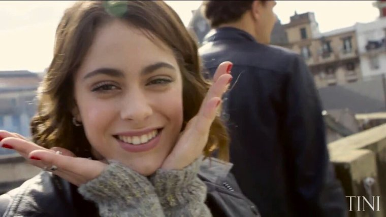 Tini YouTube - Making Of Great Escape