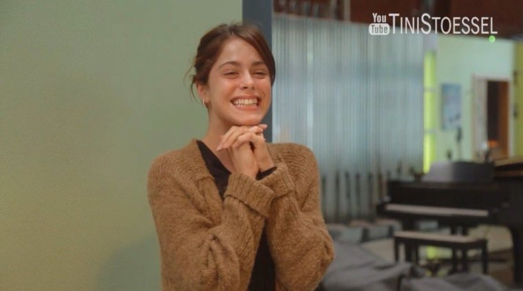 Tini YouTube - Enregistrement de TINI à Los Angeles