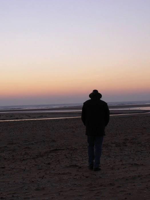 je reste toujours  seul et solitaire jusquat la fin de ma vie
