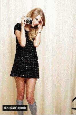 Offres +  Une Photo Du Nouveau photoshoot de Taylor Swift réalisé ce 10 février