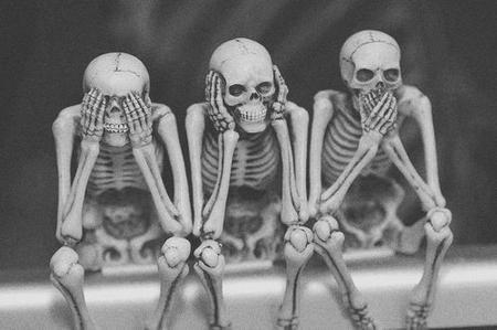 Arrivera un jour où même les morts auront peur qu'on les fasse revenir à la vie.