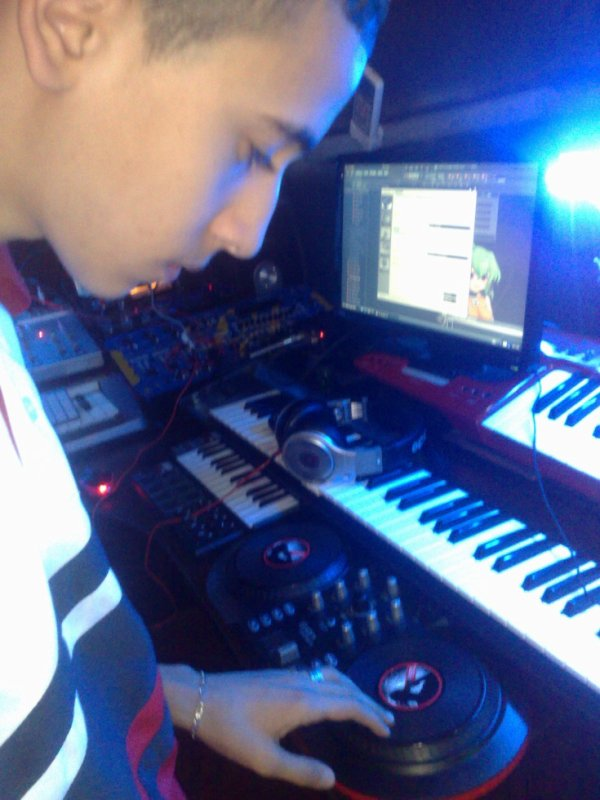 Moi EN Studio...