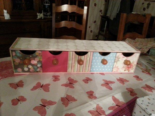 Petit meuble à tiroir customisé