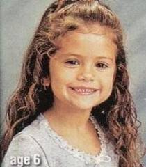 Selena g. et Demi Lovato petites
