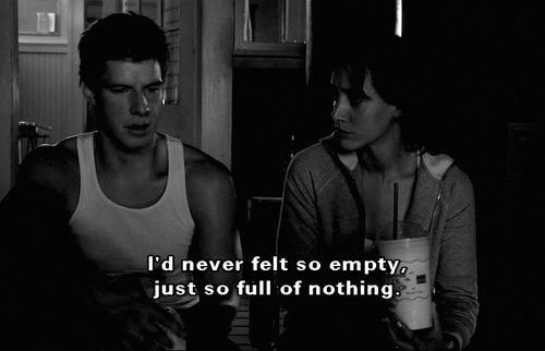Blicke ins Leere, keine Worte mehr für dich. - Traurig sowas.