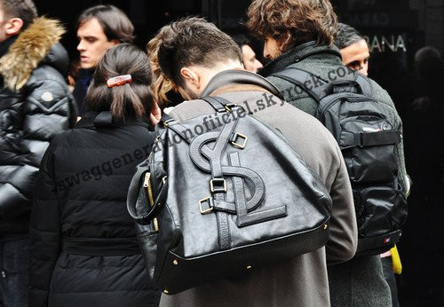 Sac Yves saint Laurent  j'adore pas vous ?