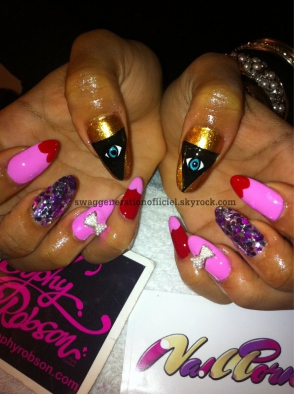 Des Beaux Nails