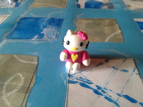 Hello kitty en fimo pour ma princesse.
